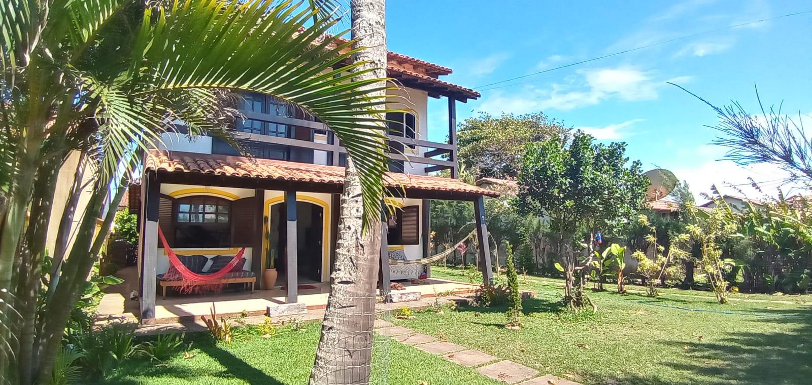 Esta es la casa restaurante que tiene Javier junto a su familia en Unamar, Brasil.